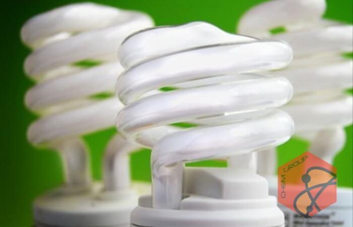آنچه باید در باره لامپ های کم مصرف بدانید