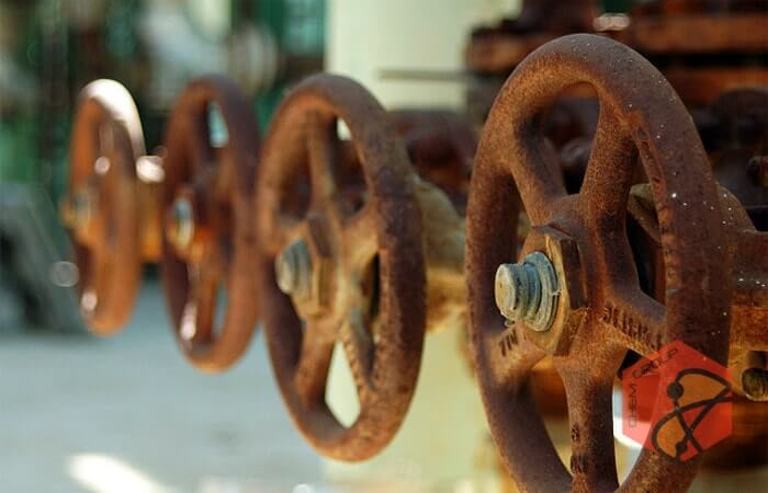 آزمون میدانی ماده بومی ضدخوردگی صنایع نفت و گاز در 9 چاه نفتی