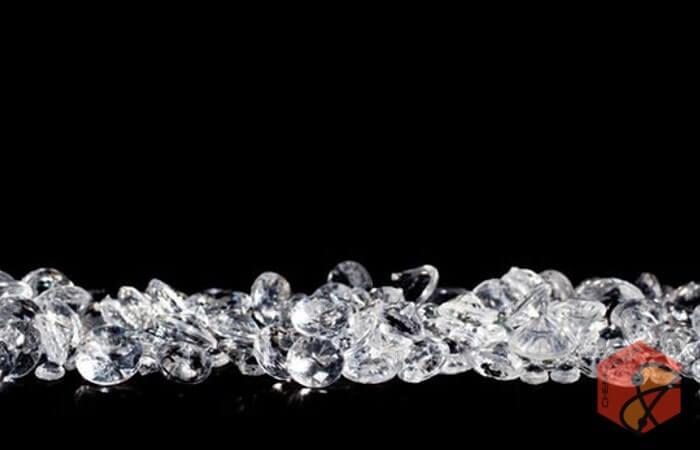 تبدیل کربن به الماس با لیزر فوق سریع