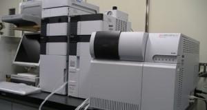 کروماتوگرافی مایع با کارایی بالا – HPLC